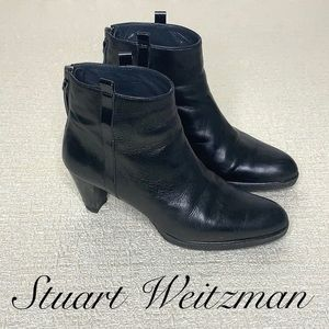STUART WEITZMAN SIZE 6 BLACK HEELED ANKLE BOOTIES